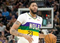 Pelicans' Davis in limbo until GM hired