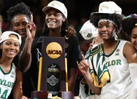 Dramatic Finish Wins the Title for Baylor