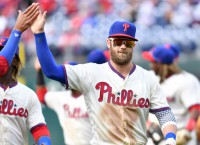 Harper set to host Nationals in Philly