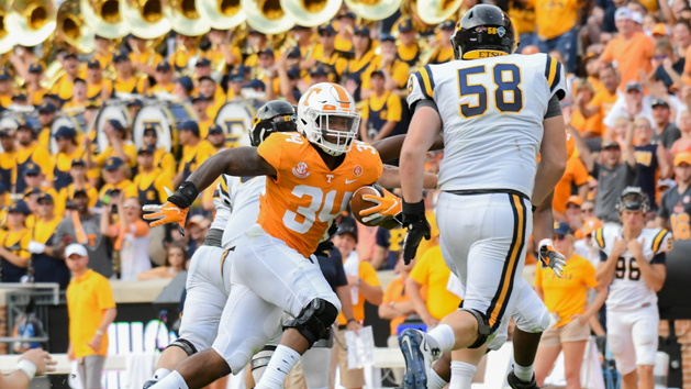 Tennessee LB Kirkland retires due to injuries