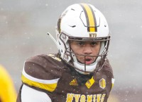 Chambers wins Wyoming QB job