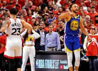 Raps get 2nd crack at title in Dubs' Oakland farewell