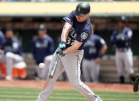 Mariners trade OF Bruce to Phillies