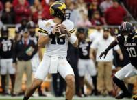 Illinois names Michigan transfer Peters starting QB