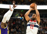 Hawks, Parker agree to two-year deal