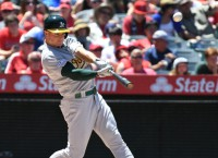 A's 3B Chapman to have season-ending hip surgery