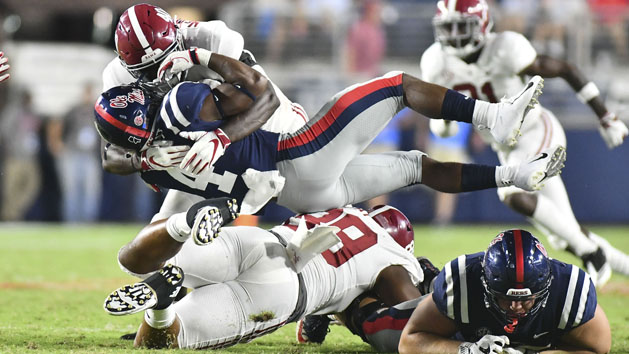 Bama RB Sanders out for year; LB McMillon injured