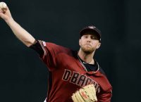 Dodgers, D-backs meet with very different playoff hopes