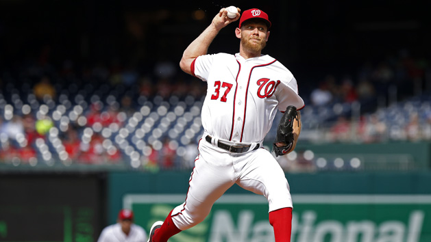 Strasburg agrees to 7-year, $245M contract