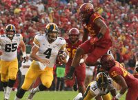 No. 14 Iowa not taking Middle Tennessee lightly