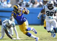 Rams, Browns look to play complete games