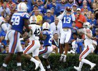 Rocking Gator Crowd Helps Florida Over Auburn