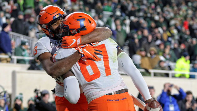 Barker's Catch Gives Illini Its Biggest Comeback Ever