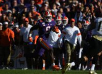 Fiesta Bowl pits Ohio State, Clemson in semifinal