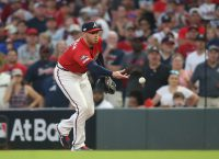 Braves' Freeman says elbow swelling not a concern