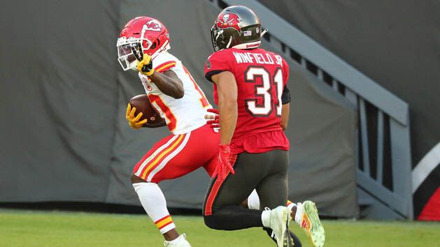 Well-rested Chiefs host upset-minded Browns
