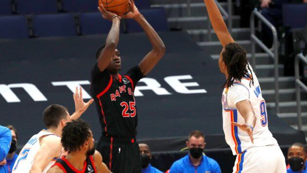 Boucher leads Raptors to come back over Thunder